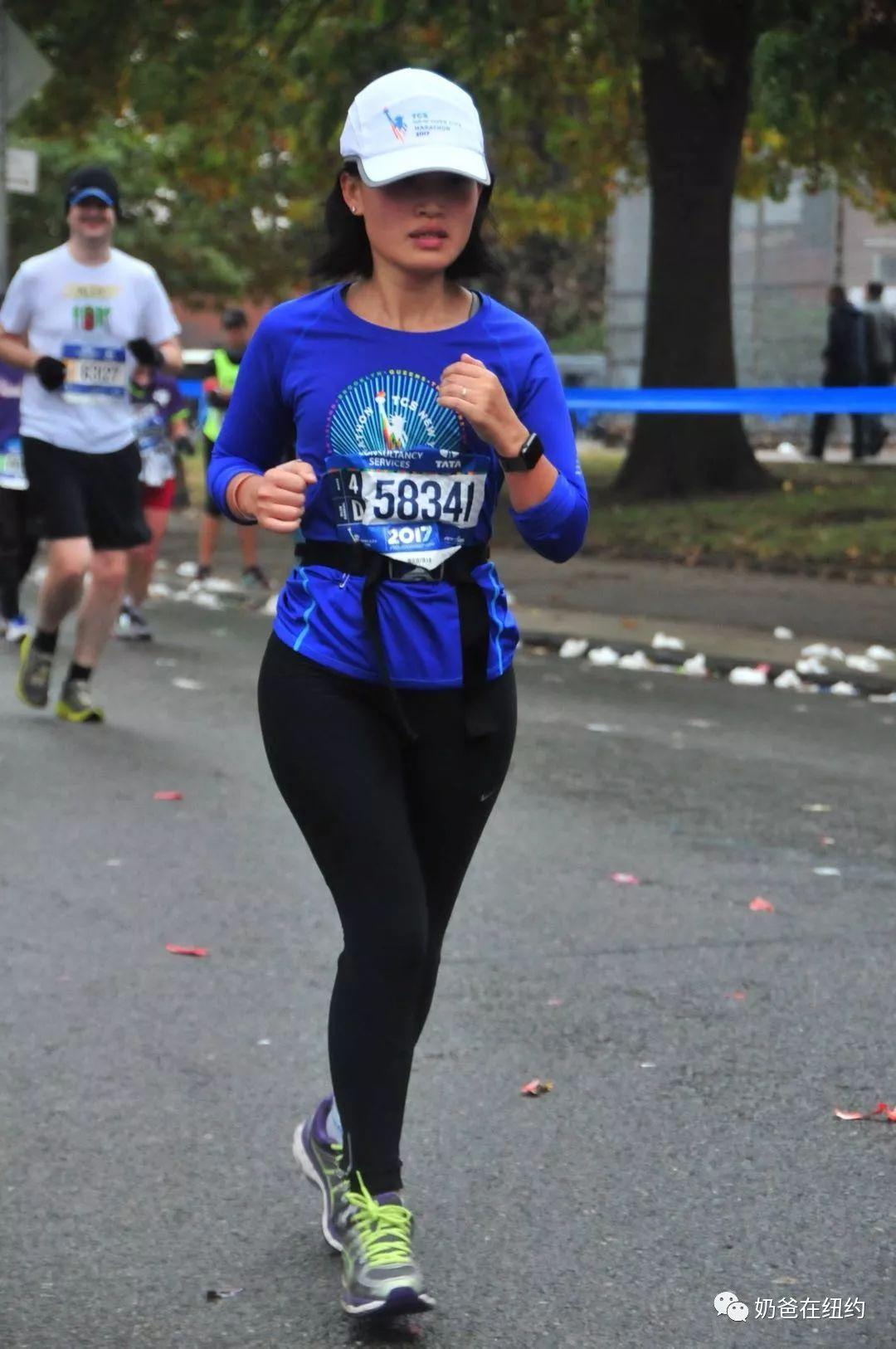 记李凯西跑完马拉松之后